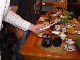 コピ・ルアックを飲む会 盛況でした!& また食べてるマコ_e0166301_18551096.jpg