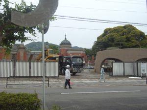 京都国立博物館 正門前の近頃_e0153039_1483640.jpg