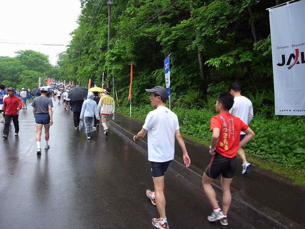 雨中の第29回千歳JAL国際マラソン大会_f0138096_11351360.jpg