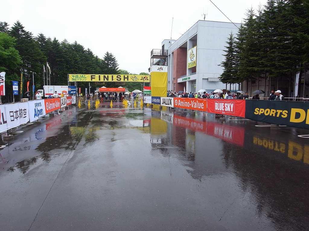 雨中の第29回千歳JAL国際マラソン大会_f0138096_11362647.jpg
