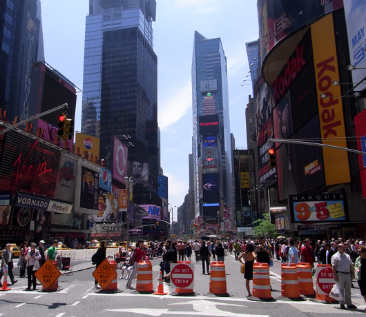 変わらないために、変わり続ける Traffic-Free Broadway in Times Square_b0007805_1014867.jpg