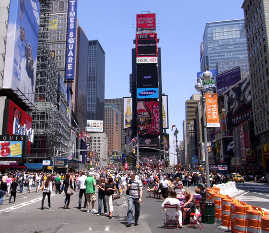 変わらないために、変わり続ける Traffic-Free Broadway in Times Square_b0007805_1032827.jpg