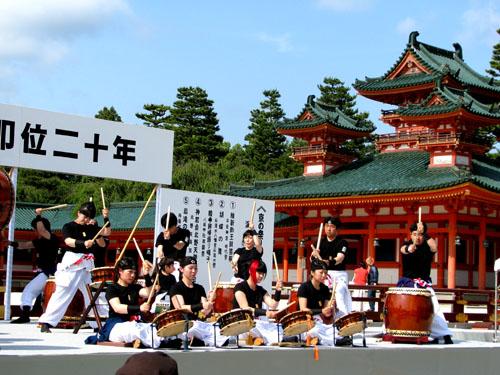 平安神宮ー京の祭り舞台_e0048413_2251446.jpg