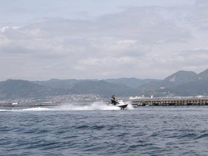 宮島の西側の海で釣り_c0116915_1859834.jpg