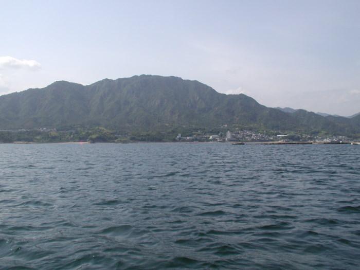 宮島の西側の海で釣り_c0116915_2252783.jpg