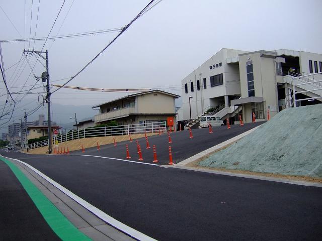 JR海田市駅前北口通りの道路改良・拡張工事終了_b0095061_836045.jpg
