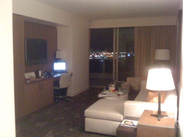 せっかくなので 〜Epic Hotel〜_a0037562_6475591.jpg