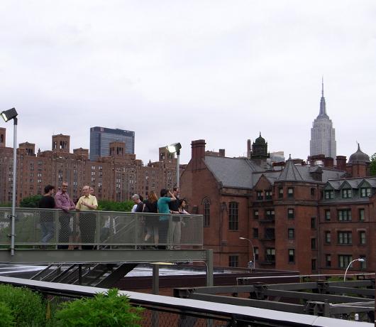 ニューヨークに空中公園ハイラインがついにオープン! The High Line_b0007805_11594152.jpg