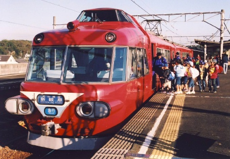名鉄 パノラマカーのいる風景 ~内海駅より~_c0185241_0423037.jpg