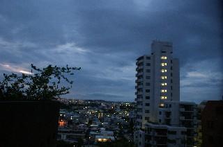 曇り_e0166355_5313492.jpg