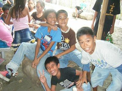 LOOB kids Xmas Party_d0146933_3262930.jpg