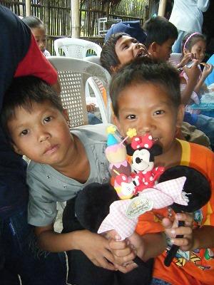 LOOB kids Xmas Party_d0146933_3283594.jpg