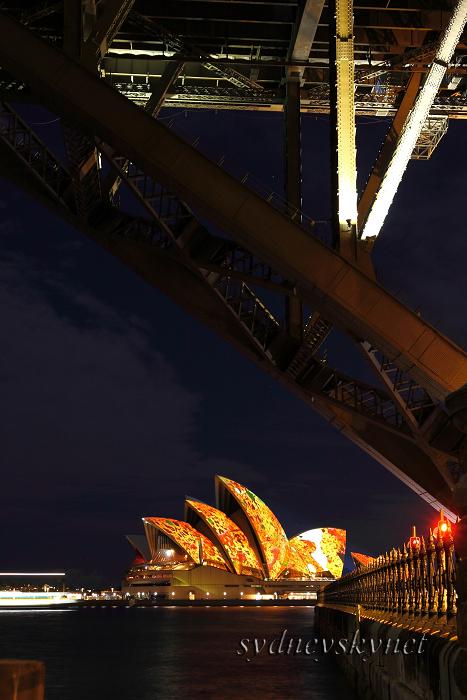 --vivid sydney 2009-- part 6_f0084337_2226358.jpg