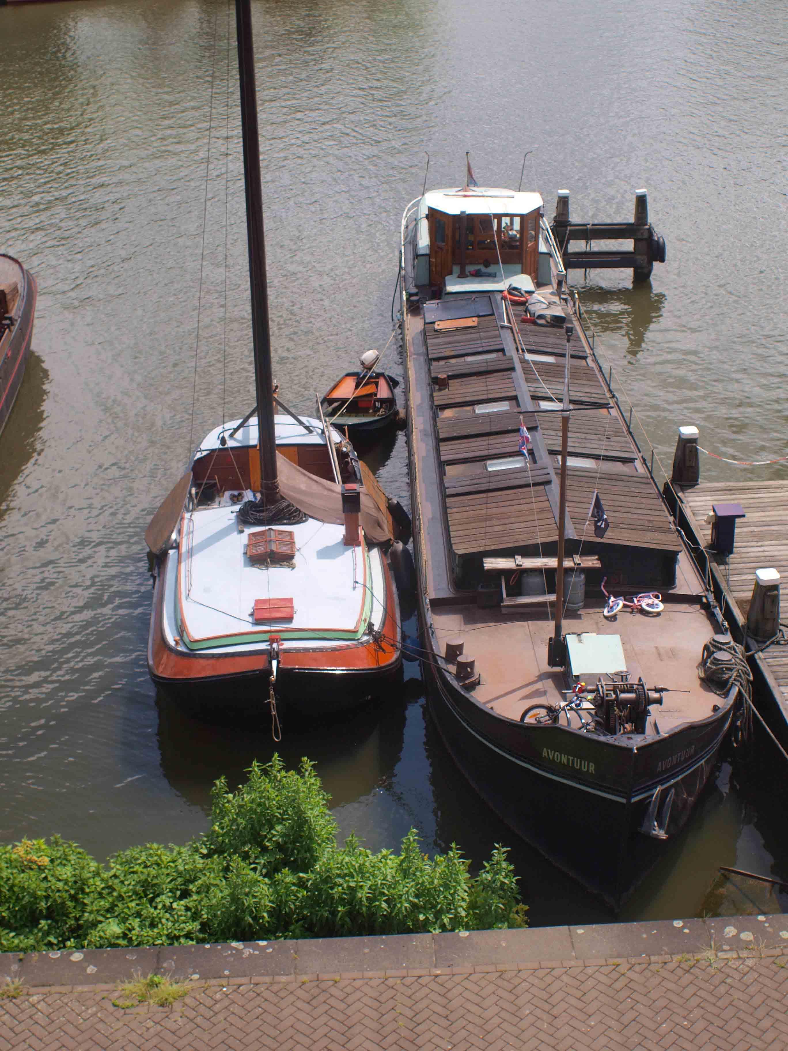 【アムステルダム】 船_b0148617_639957.jpg