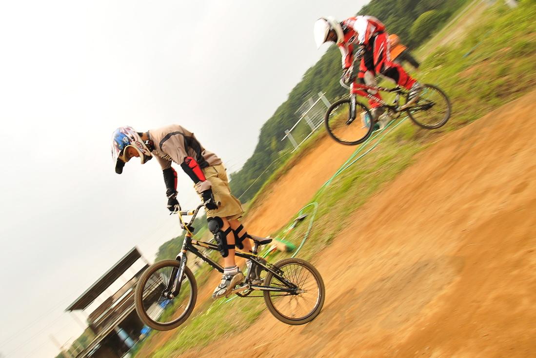 緑山6月コース開放日の風景..._b0065730_2231943.jpg