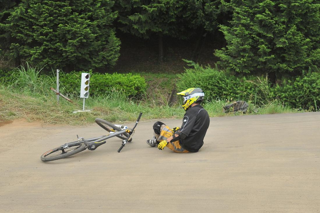 緑山6月コース開放日の風景..._b0065730_2240176.jpg