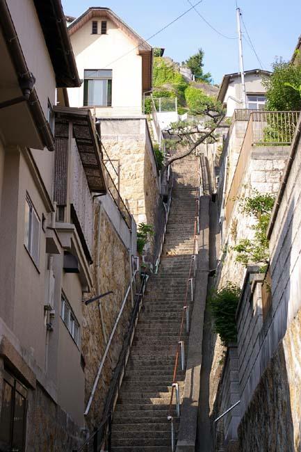 階段住宅_f0130879_22493366.jpg