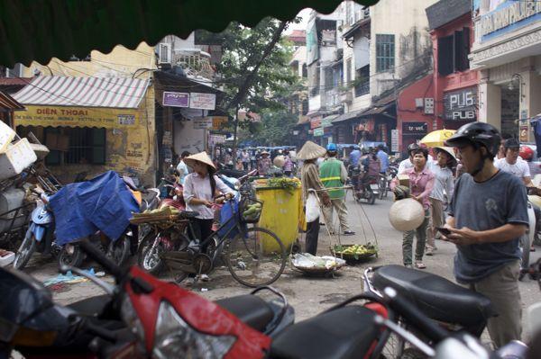 ベトナム,ハノイ、水上人形劇_d0148902_21583851.jpg