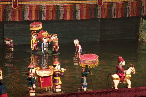 ベトナム,ハノイ、水上人形劇_d0148902_2273032.jpg