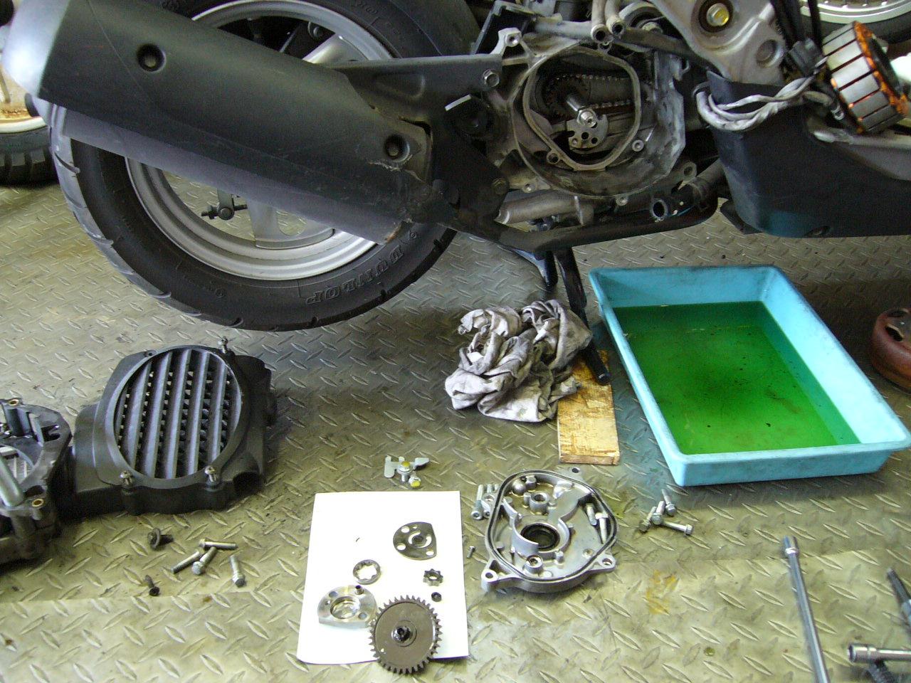 近年のスクーターエンジン_b0133403_945055.jpg