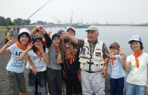宮谷小学校 タコが良く釣れました。_f0175450_10122734.jpg