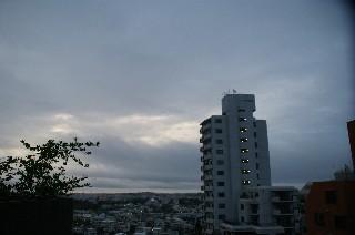 曇り_e0166355_5581642.jpg