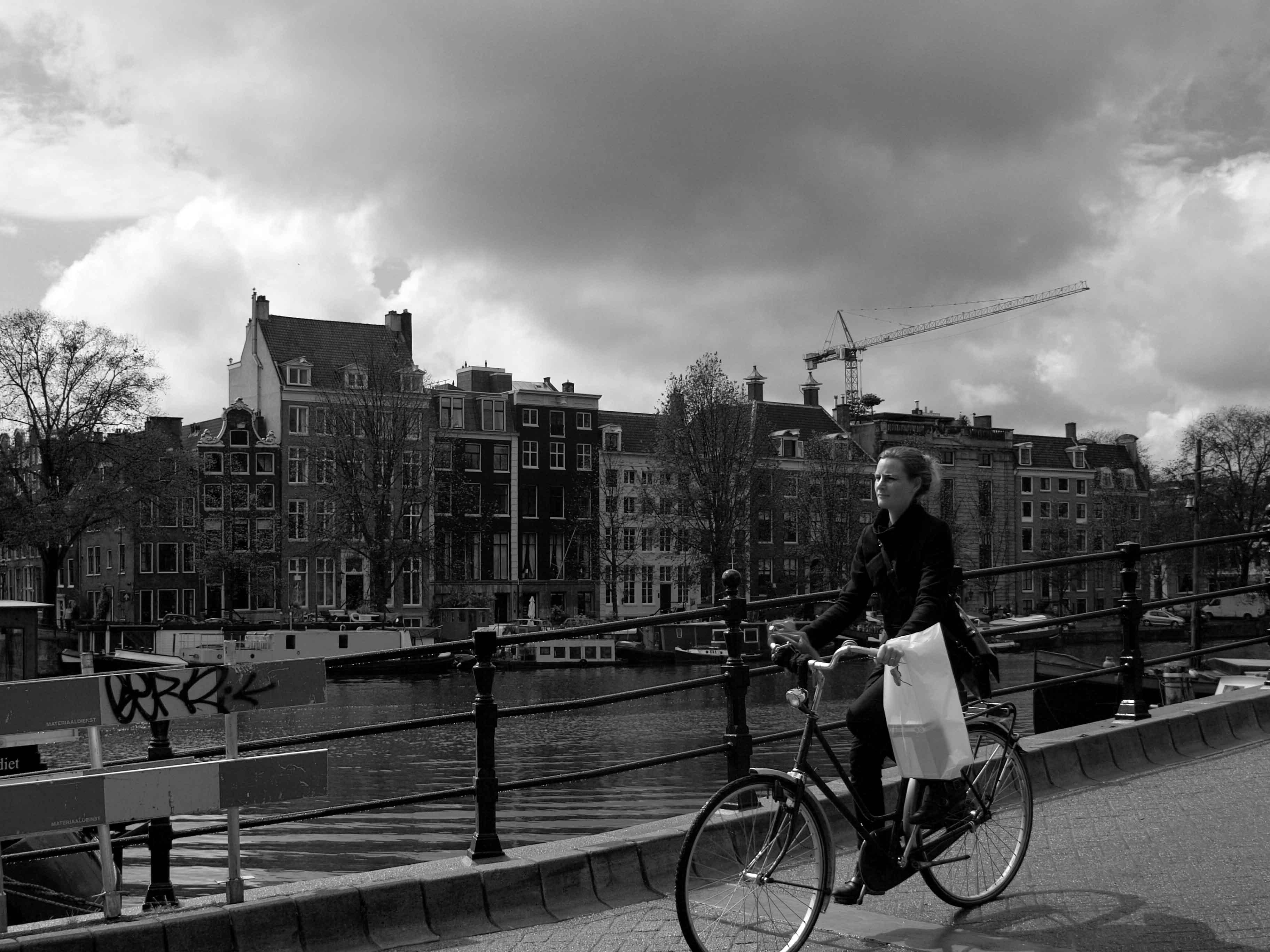 【アムステルダム】 橋の3_b0148617_14543175.jpg