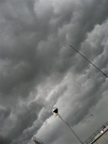 曇り空と私の心_d0129249_011221.jpg