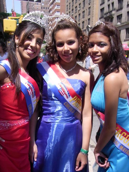 NYのプエルトリカンデー・パレード Puerto Rican Day Parade_b0007805_1118922.jpg