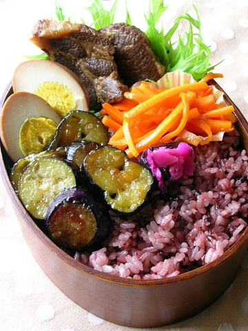 黒米と茄子の柚子味噌炒めのお弁当_b0171098_10183614.jpg