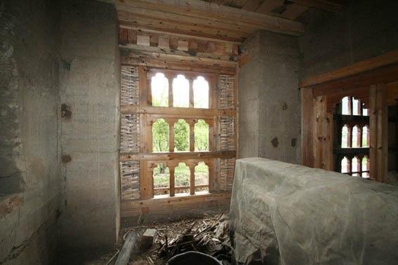 ブータン建築紀行 17:改修工事中の民家  3_e0054299_1655430.jpg