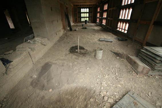 ブータン建築紀行 17:改修工事中の民家  3_e0054299_167980.jpg