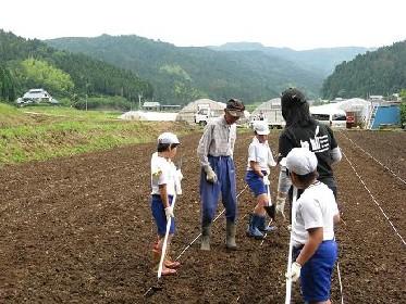 6月11日、今日は武生西小学校と一般のオーナーさん_e0061225_1128522.jpg