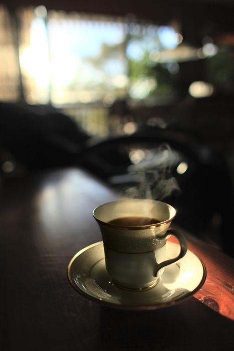 起きぬけのコーヒー_e0155629_2223918.jpg