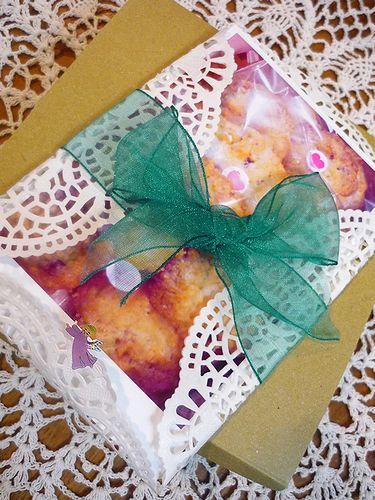 贈る心。。。Mini Maria\'s Tea Cup 特製 くるみのチョコチップクッキー♪..。.゚。*・。♡  _a0053662_1827373.jpg