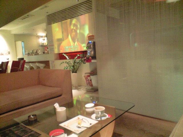 cafe  benelop  _c0151965_1426349.jpg