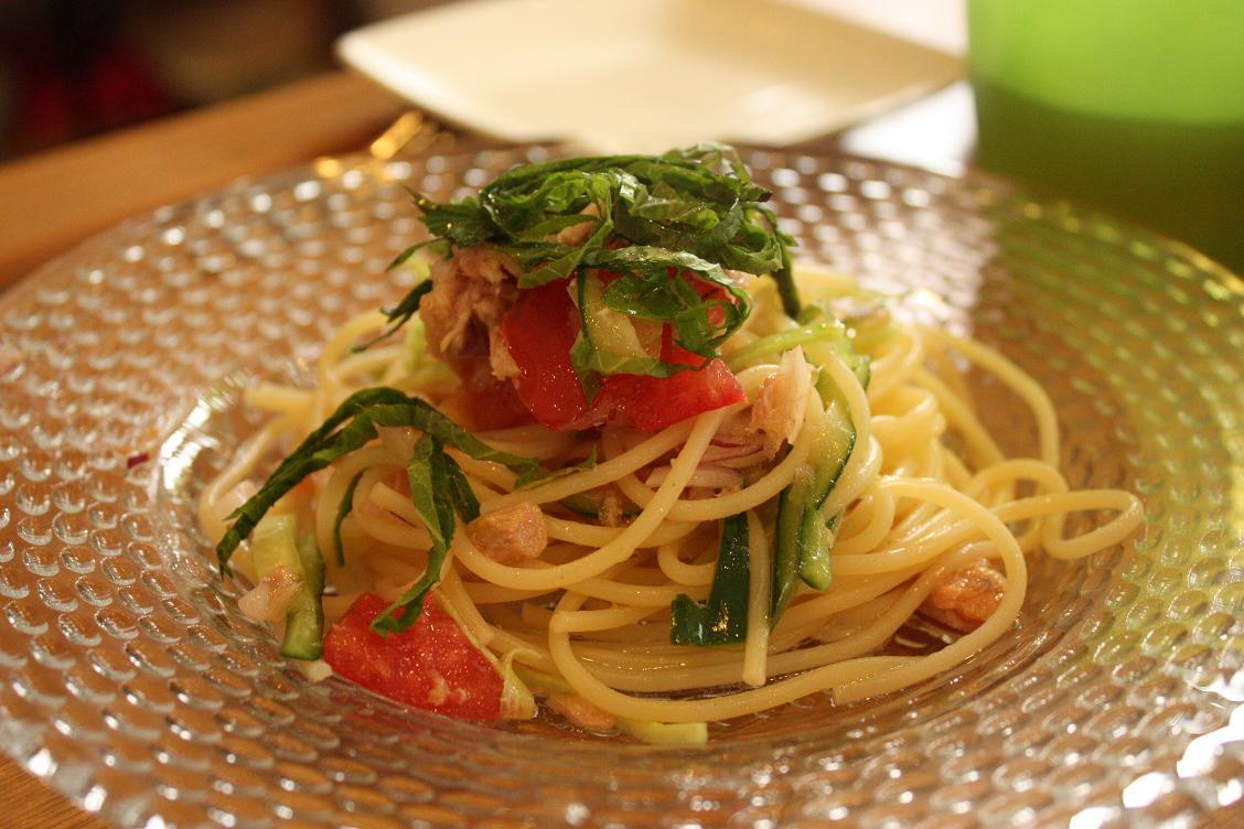 ツナと夏野菜の冷製パスタでおうちカフェ_b0165178_19322193.jpg