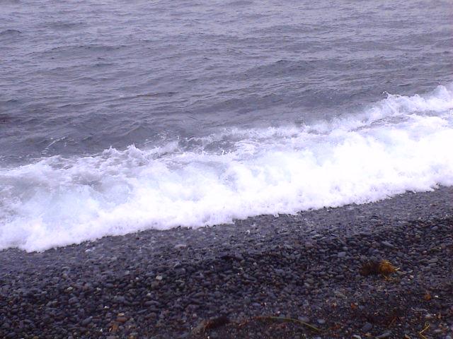 土曜日の午後の海。_e0060555_2134080.jpg