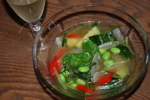冷たい夏野菜のスープ_c0124100_2053496.jpg