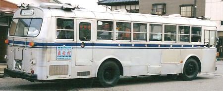 新交北貸切バス(新潟交通) いすゞK-CJM470 +北村_e0030537_182362.jpg
