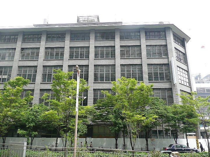 移転した大阪中央郵便局_c0112559_1037652.jpg