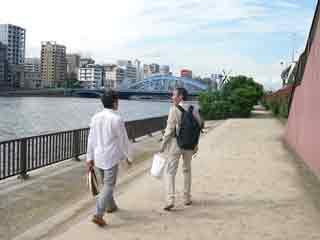 小砂鉄だまり2【AAF・隅田川河畔】_a0122123_16152658.jpg