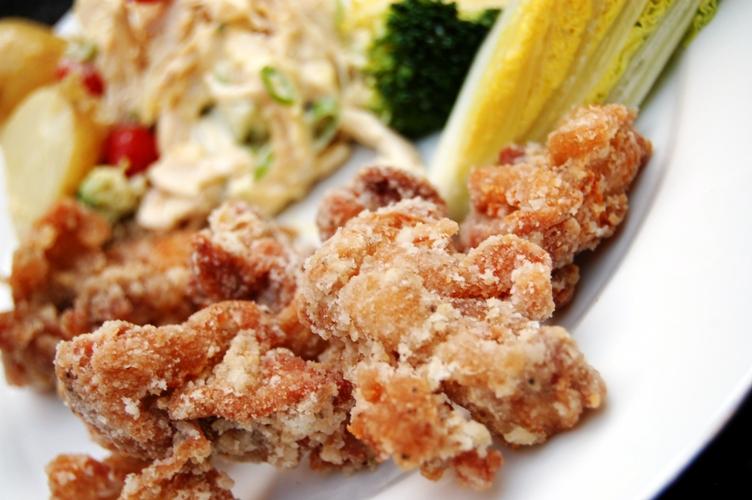 ぱぱっと作っちゃおう☆鶏とピーマンのピリうま炒め☆_d0104926_725356.jpg