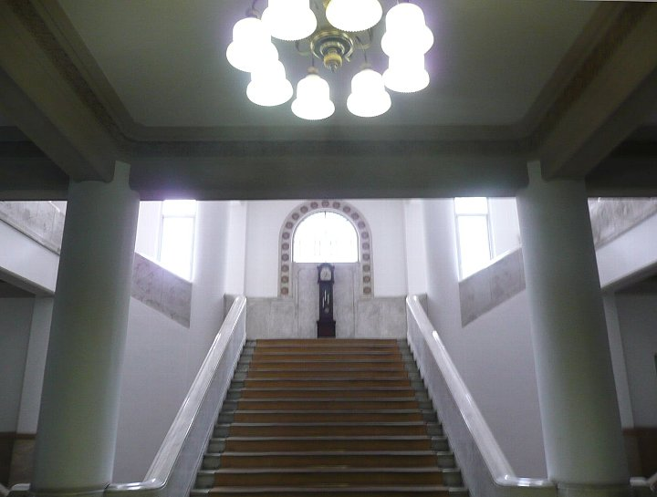 愛媛県庁本館_c0112559_1182960.jpg