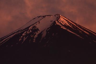 夕焼けの富士_c0193896_208574.jpg