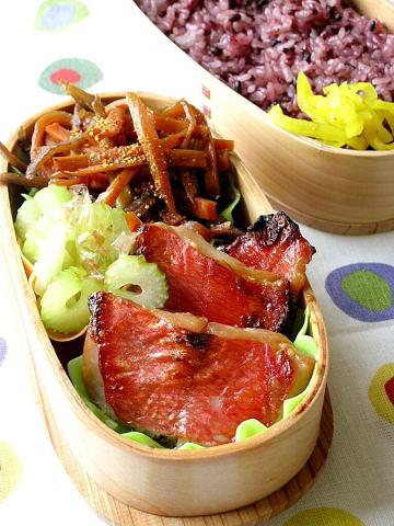 金目鯛の味噌漬け弁当 と 簡単金目鯛の煮付け_b0171098_8231283.jpg