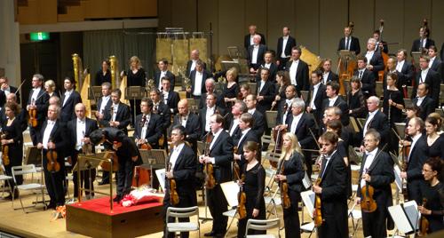 マーラー交響曲9番 大植英次 ハノーファー北ドイツ放送フィルハーモニー管弦楽団_f0099102_20473127.jpg