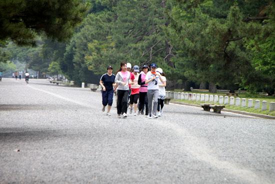 京都御苑を走るーボディズ_e0048413_20273063.jpg