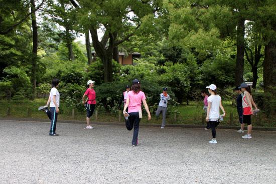 京都御苑を走るーボディズ_e0048413_2028373.jpg