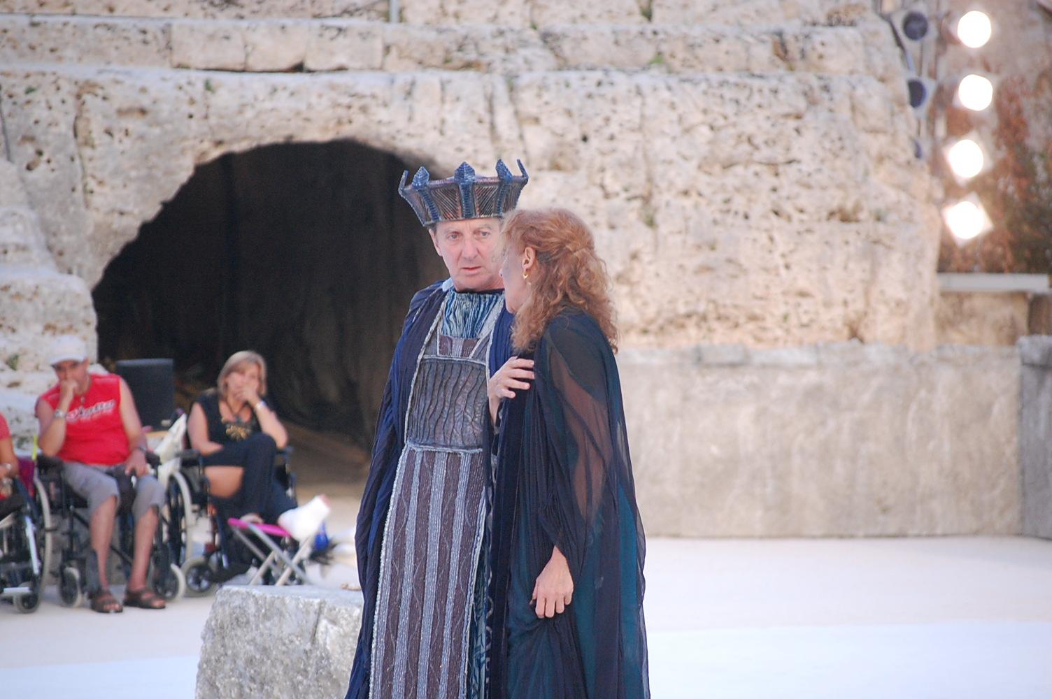 2009年ギリシャ劇場 バゥ_d0084229_0321283.jpg